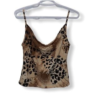 NWOT SisterS Point Croped top size M